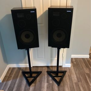 Vintage Pioneer Speakers CS-G201M With Stands for Sale in Queens, NY