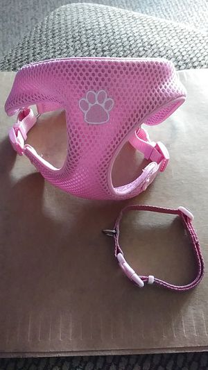 Two TOP PAW Harnesses w/Matching Leash Collar for Sale in Wichita, KS