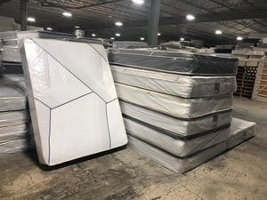 full pillowtop mattress with boxspring for Sale in Gardena, CA