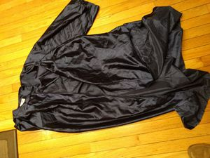"High School graduation gown Boy's 5'11""-6' for Sale in Annandale, VA"