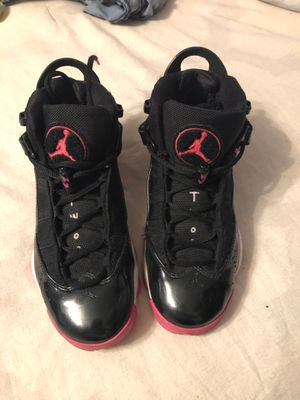 Jordans 6y pink black and white for Sale in Bakersfield, CA