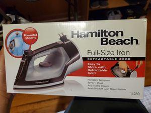 Hamilton Beach Full Size Iron Adjustable Steam Retract Cord Auto Shutoff NEW! for Sale in Shelby, NC