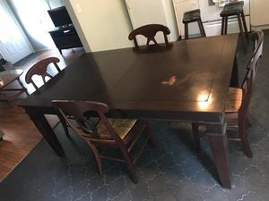 Kitchen Table and Chairs for Sale in Dade City, FL