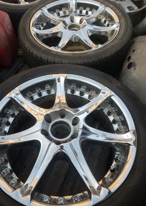 20 inch 6 lug wheels and tires for Sale in Des Moines, IA