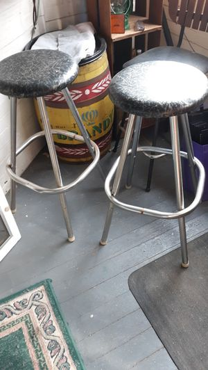 2 BAR STOOLS for Sale in Webster, MA