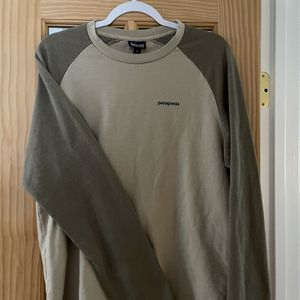 Patagonia Crew Sweatshirt for Sale in Anacortes, WA