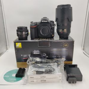 NIKON D750 WITH TWO LENSES BUNDLE DEAL for Sale in Los Angeles, CA