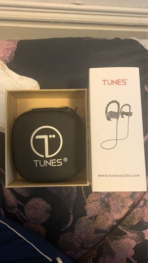 Tunes Earphones for Sale in Munhall, PA