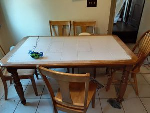 Kitchen table for Sale in Wadsworth, OH