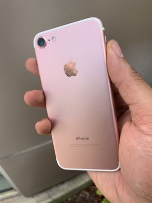 UNLOCKED IPHONE 7 32Gb (5 ⭐️ SELLER) 💥 for Sale in Fort Lauderdale, FL