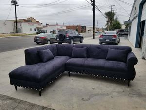 NEW 7X9FT BLACK MICROFIBER SECTIONAL CHAISE for Sale in San Diego, CA