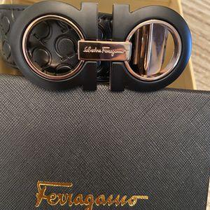 Salvatore Ferragamo Leather Belt Size 34/36 with Box for Sale in La Mesa, CA