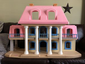 Little Tikes Doll House for Sale in Leesburg, VA