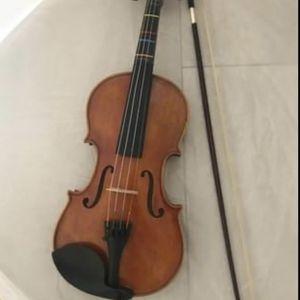 Violin H Luger 4/4 V700 and Violin Case Deluxe for Sale in Orlando, FL