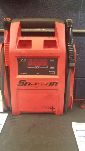 Snap on jump box engine starter plus for Sale in Olney, MD