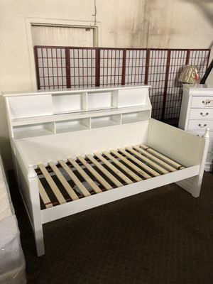 Short Sale! Brand New White Color Day Bed with bookcase back $555, No Credit Needed Finance Available for Sale in Sacramento, CA