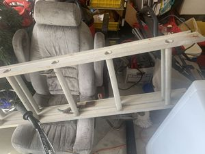 10 foot aluminum ladder for Sale in Lakeland, FL