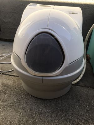 Cat genie automatic cat litter box Used good and clean condition for Sale in San Jose, CA