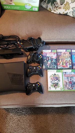 XBOX 360 with kinect for Sale in Prineville, OR