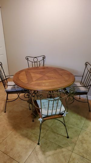 Dining Room Table for Sale in Largo, FL