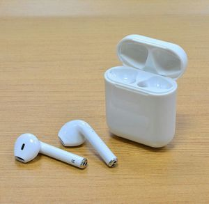 Earpods, airbuds, earbuds. Bluetooth headphones, wireless, audifonos inalambricos, NO APPLE BRAND, NO SON DE APPLE for Sale in Richardson, TX