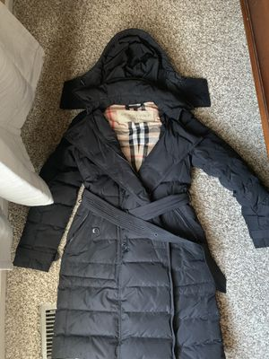Burberry Brit down coat, only wear once uk size p us size 2-4 for Sale in Naperville, IL