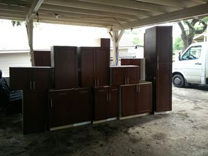 Kitchen cabinets for Sale in Helotes, TX