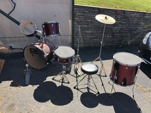 Drum set for Sale in New Britain, CT