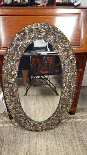 "Oval mirror from Pier one 60""x100"" for Sale in Kapolei, HI"