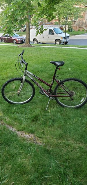 Trek 800 Women's Mountain bike for Sale in Laurel, MD