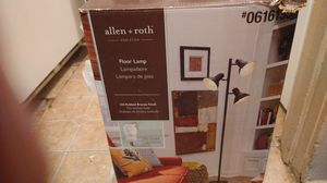 Allen and Roth floor lamp for Sale in Bakersfield, CA