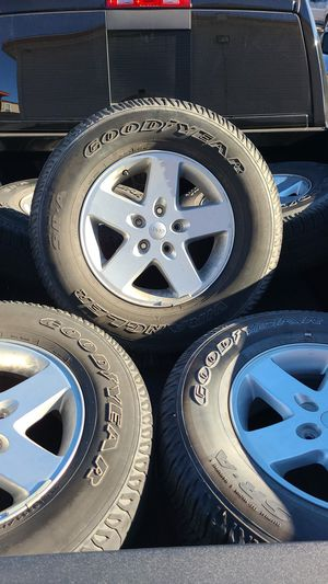 """Jeep Wrangler Rims 17"""" for Sale in Denver, CO"""