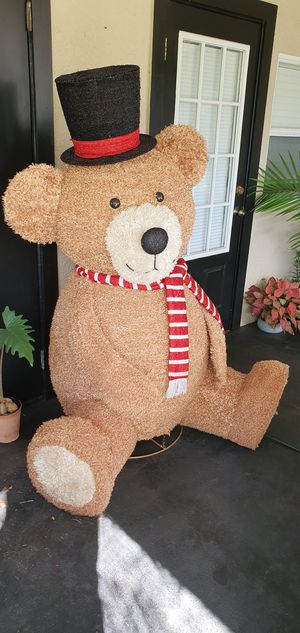 Giant Christmas Yard Decoration Teddy Bear for Sale in Kenneth City, FL