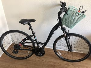 Black Fuji Two.1 Crosstown Bicycle Great Condition One Owner - $360 for Sale in Washington, DC
