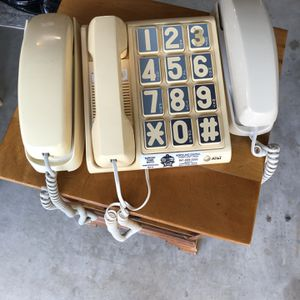 3 Land Line Telephones for Sale in West Palm Beach, FL