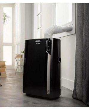 De'Longhi Pinguino 3-in-1 700 Sq. Ft. Portable Air Conditioner BTU 14,000 for Sale in Riverside, CA