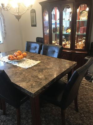 Dining room set for Sale in Alexandria, VA