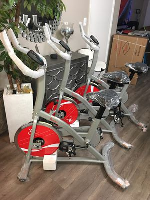 Brand New Sunny Health and Fitness Indoor Cycling Bike for Sale in Los Angeles, CA