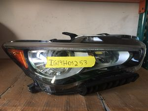 2014 - 2017 INFINITI Q50 FRONT RIGHT PASSENGER SIDE HEADLIGHT ASSEMBLY for Sale in Lauderdale Lakes, FL