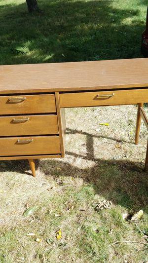 Mid century Bassett student desk for Sale in Vancouver, WA