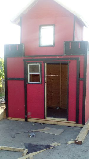 Play house or shed for Sale in Bakersfield, CA