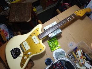 Squier by fender J Mascis Jazzmaster electric guitar for Sale in Spring, TX