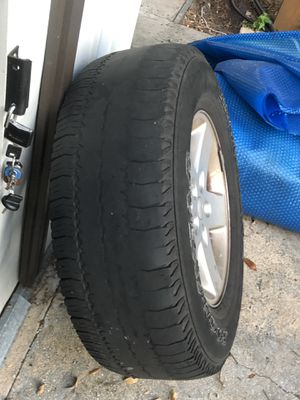 Jeep Wrangler, 5 Wheels and tires for Sale in Bartow, FL