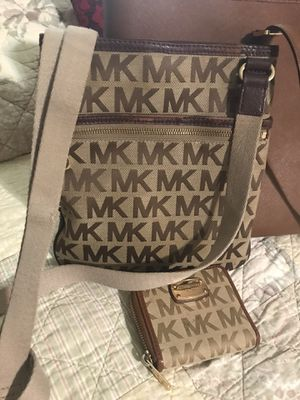 Michael Kors bag and wallet for Sale in Fort Worth, TX