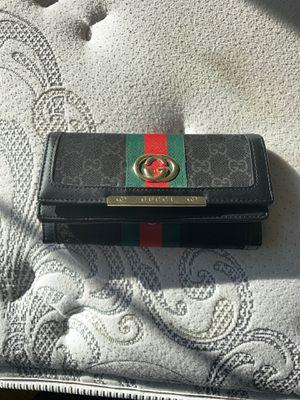 Gucci women's wallet for Sale in Dublin, CA