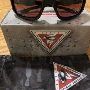 New Oakleys With Prizm Lenses for Sale in East Hartford, CT