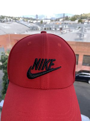 UNICEF SPORTS NIKE CAP/RED for Sale in Los Angeles, CA