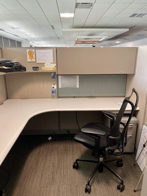 (160) Haworth Office modular Cubicle stations for Sale in Columbus, OH