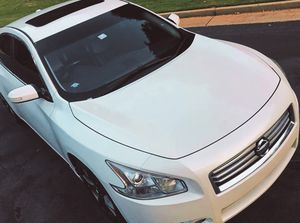 Urgent for sale.Beautiful 2010 NISSAN MAXIMA Needs.Nothing 2WDWheelss for Sale in Tampa, FL