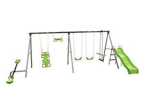 Swing set by Flexible Flyer! for Sale in Queens, NY